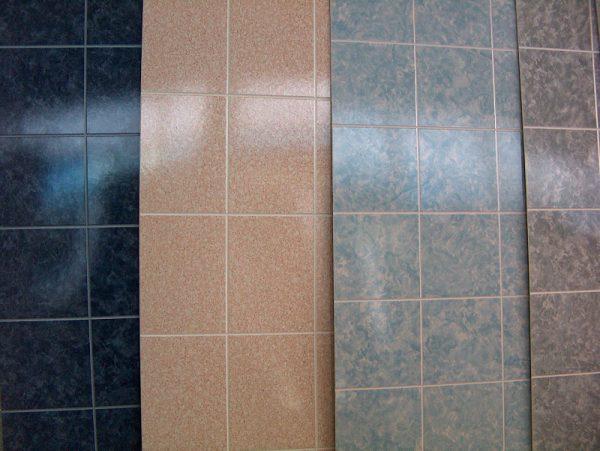 Piastrelle e pannelli per il bagno cosa è meglio scegliere un